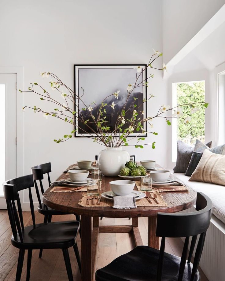 Ll Home On Instagram Who Eats Dinner At The Table With Their Loved Ones Every Single Night Dining Room Inspiration Home Decor Dining Room Design