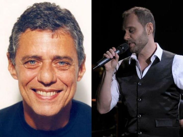 """Não é a primeira vez que Carlos Navas canta Chico Buarque. Em seu primeiro CD, """"Pouco pra Mim"""", o artista regravou """"Beatriz""""."""