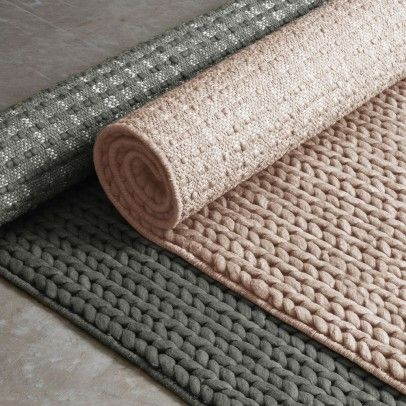 Groen (of poederroze of mosterdgeel) wollen tapijt #rugs #vloerkleed | smallable