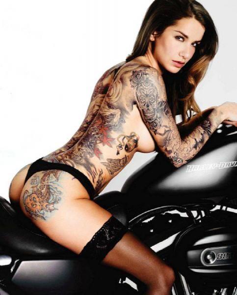 Biker QueenBiker Queen on Twitter: Tattoos 18, Sick Tattoos, Sexy Art Tattoos, Sweetest Tattoos, Sexy Tattoos, Girl Tattoossexy, Tattoo Girls, Biker Queen, Hot Tattoos