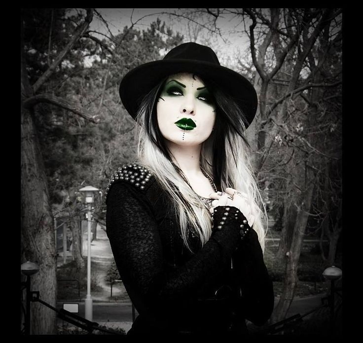 #dark #alt model #O+A photography