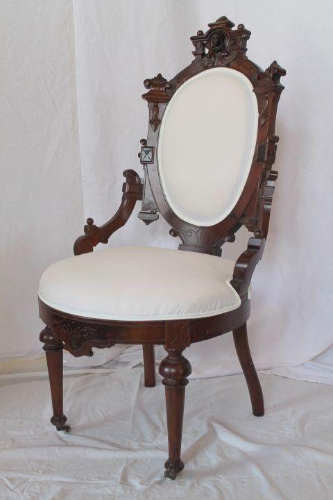 Jelliff Victorian Walnut Renaissance Revival Side Chair