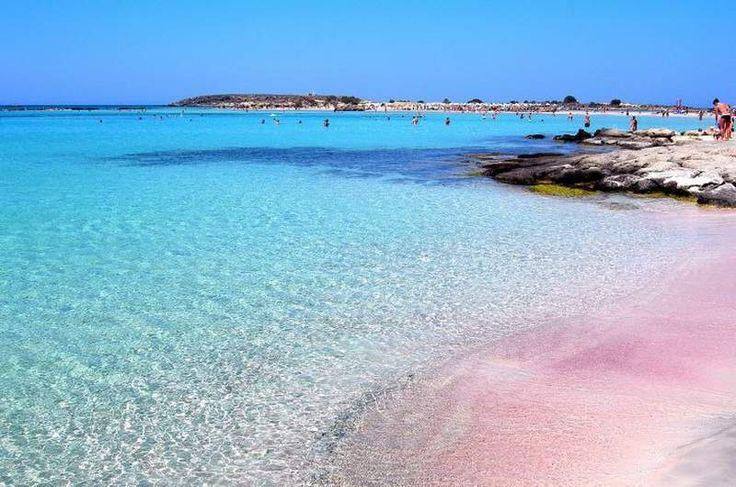 Крит, пляж Элафонаси (юго-запад острова) грят тоже ветренно, но вода везде теплая, розовый песок