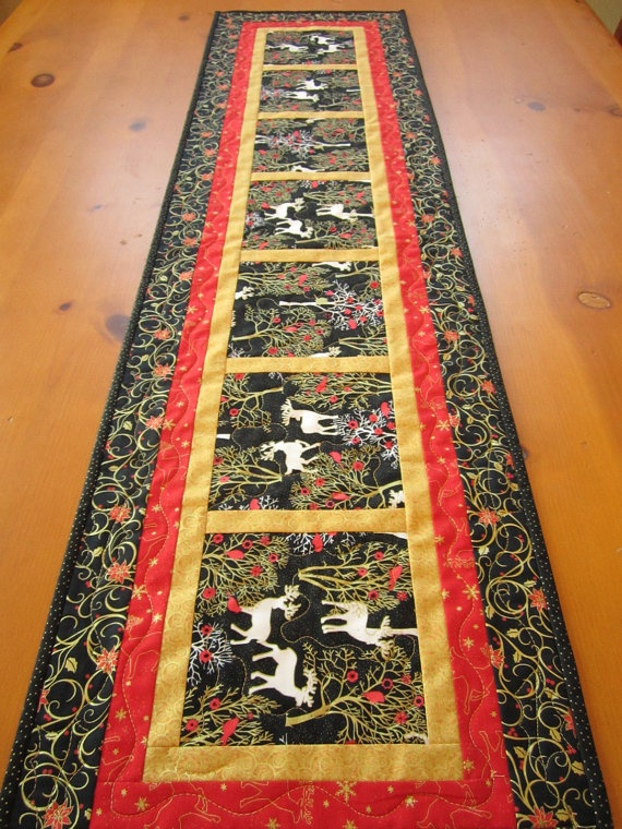 Christmas Table Runner Reindeer Quilted Table by PatchworkMountain