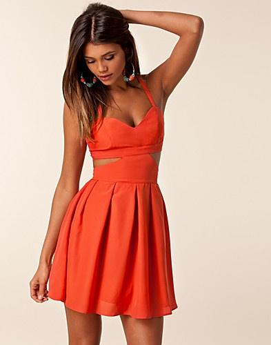 : Summer Dresses, Cutout Dresses, Jeane Blushes, Coral Colors, Parties Dresses, Blushes Dresses, Jeans Blushes, Linda Dresses, Mode Online