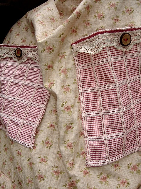 Apron pockets rustic apron by SUSANNAH DASHWOOD, via Flickr