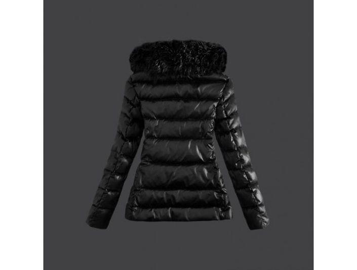 outlet Moncler Damen schicke schwarze Daunen Jacke Pelzkragen Schwarz münchen