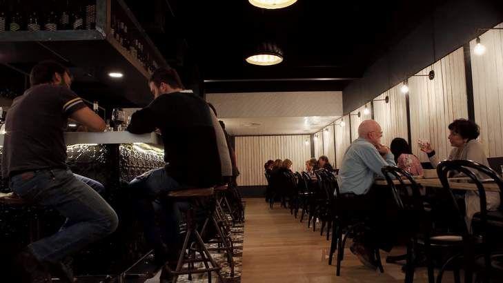 Temporada's stool-lined central bar. Temporada, Canberra, 13th May 2014