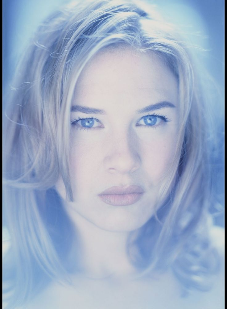 Renee Zellweger by Frank W. Ockenfels before the surgery
