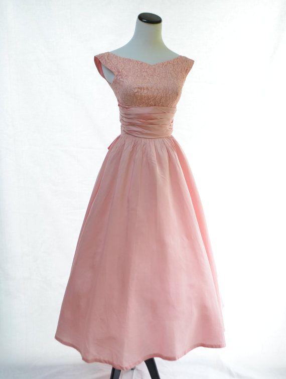 Vintage 1950s Dress / Lace & Taffeta Full Skirt by CoolMintMoon