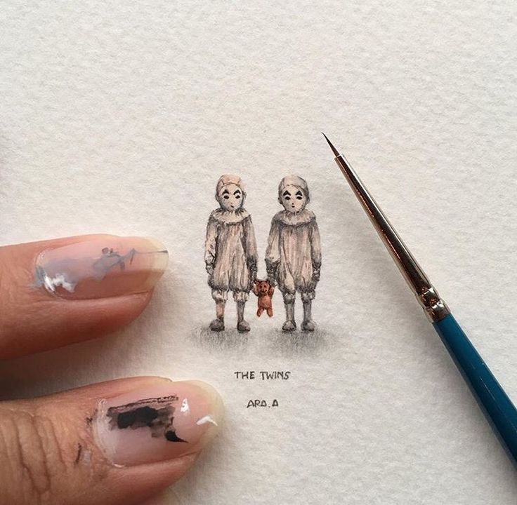Miss Peregrine's home for peculiar children. The twins.