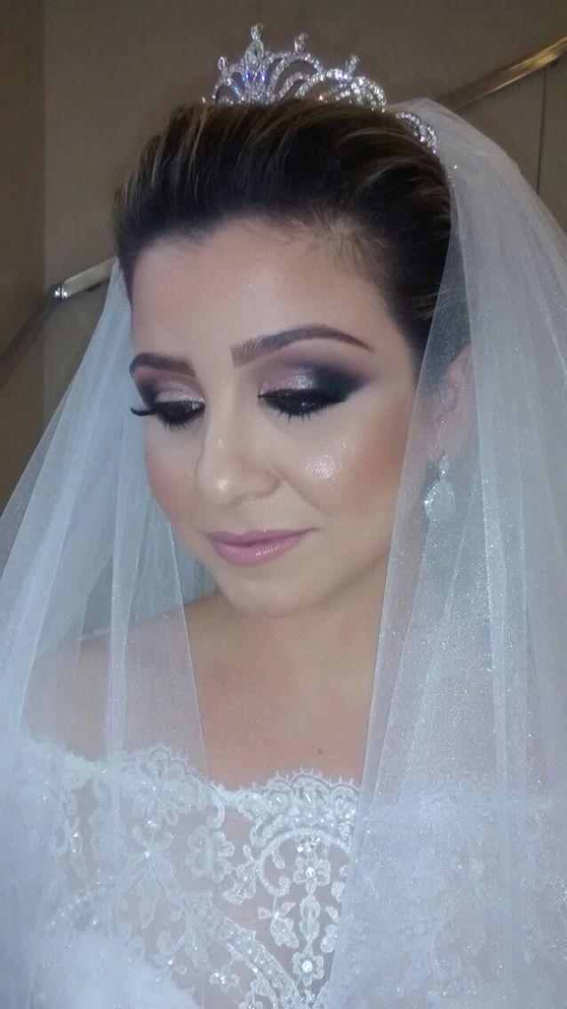 Make maravilhosa de noiva!