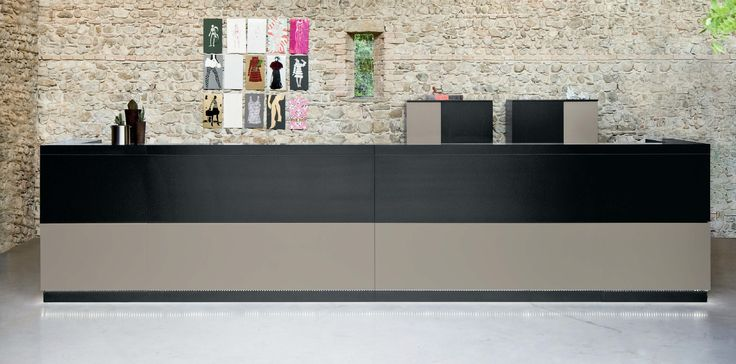 Banco Reception, Collezione Vogue, Frezza