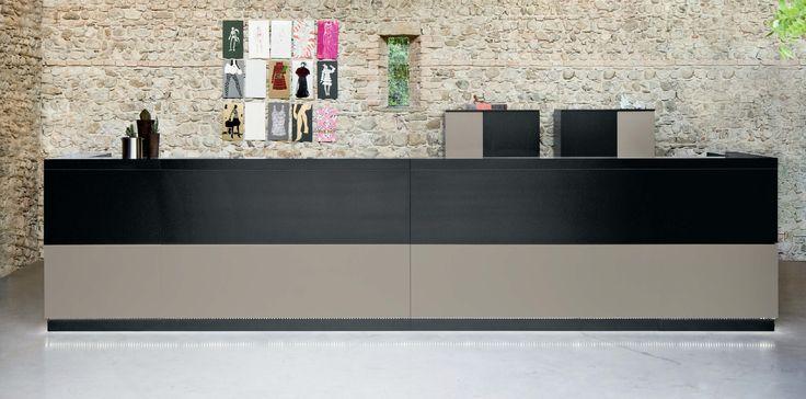 Banco Reception, Collezione Vogue, Frezza