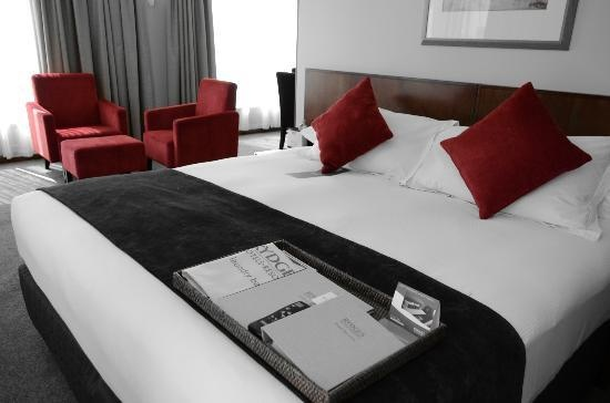 The Rydges #Perth offers the #business traveller a great place to stay that's located in thick of the action of Perth's growing urban #lifestyle. We'll make your life easier if you want.. simply click here and you'll be looked after http://www.hotel.com.au/Perth/Rydges-Perth-4-hotels.asp  Photo via TripAdvisor.com.au