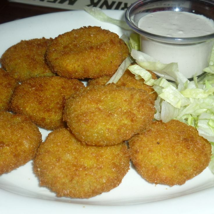 Perfect Crunchy Deep Fried Pickles #recipe | Justapinch.com