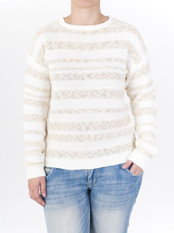 Jersey de punto con cuello redondo y canalé rayado para mujer, de manga larga disponible en 4 colores distintos para combinar este Invierno de 2014.
