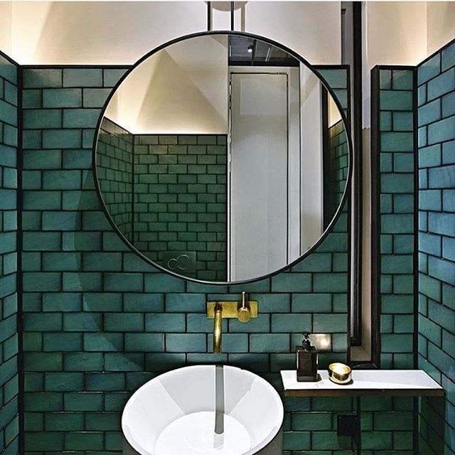 S A T U R D A Y M O O D #green  Credit: @design_tiles  #designtiles #greentiles #mirror #bathroom #bathroominspo #bathroomdesign #bathroomdecor #design #designs #badrum #badrumsinspo #badrumsrenovering #inspiration #interior #interiors #interior4all #inredningsdesign #inredningsinspiration #inredningstips #bruzzoni #bruzzoniglobal #saturday