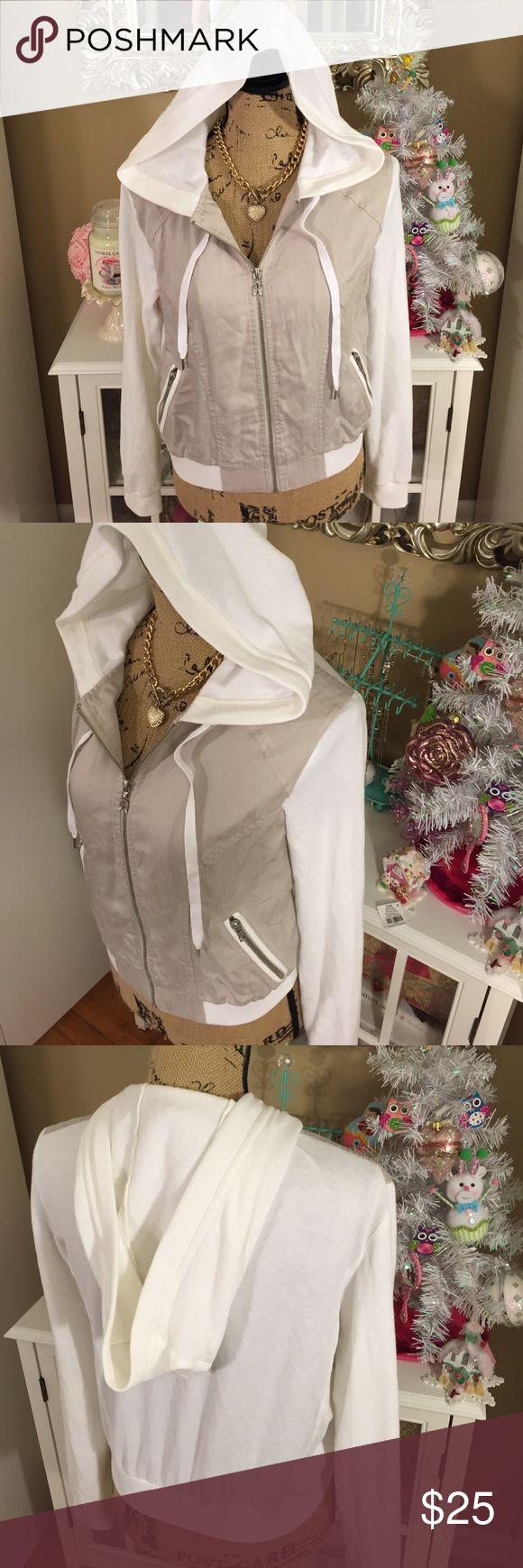 Victoria's Secret Snow Bunny White & Beige Jacket Adorable, rare Victoria's Secret white & beige zip up jacket with pockets & hood. Like new! ❄️ Victoria's Secret Jackets & Coats