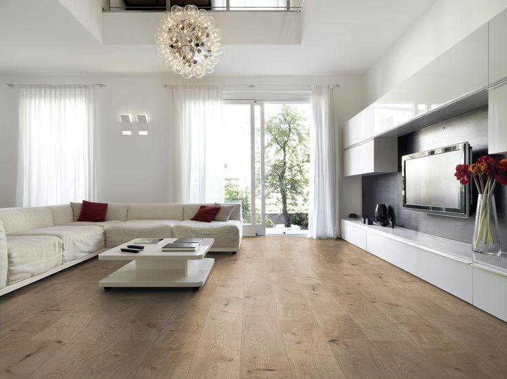 Laminaat vloer licht eiken. Nauwelijks van echt hout te onderscheiden. Te koop bij de Vloerenkamer in Oirschot, www.vloerenkamer.nl
