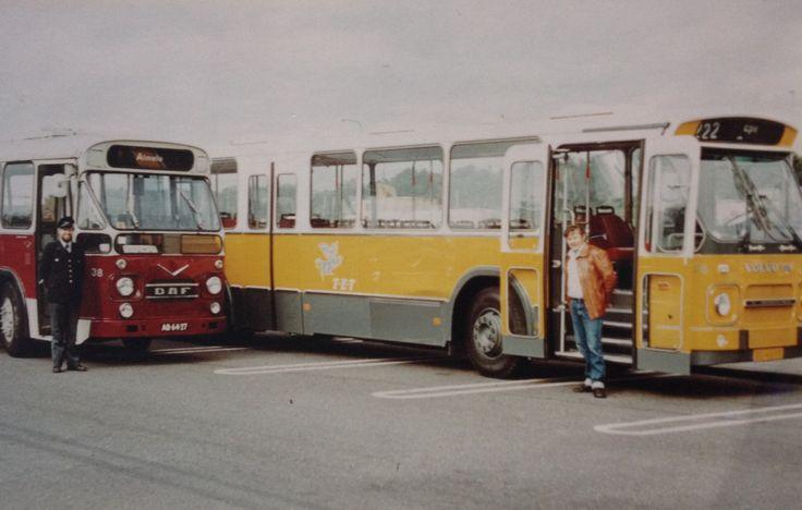 Oude bussen van de TET bv