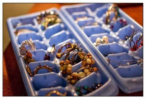 Bandeja para hacer cubitos de hielos como organizador de joyería