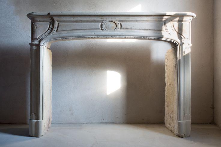 ber ideen zu kalkstein kamin auf pinterest. Black Bedroom Furniture Sets. Home Design Ideas