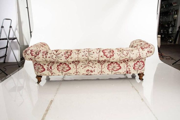 Leather and Fabric Chesterfield Sofa 3