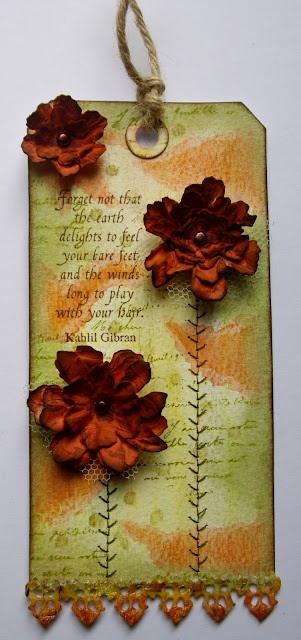Julia's Stuff: Grunge Flowers. . . . . Go to Julia's blog to see all the details... it's gorgeous!