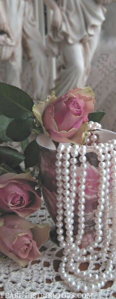 ♥~ Pearls ~ Roses & Lace ~♥