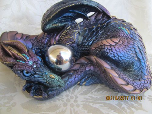 WINDSTONE EDITIONS NORTH HOLLYWOOD CALIF MOTHER DRAGON , FANTASY ANIMAL STATUE