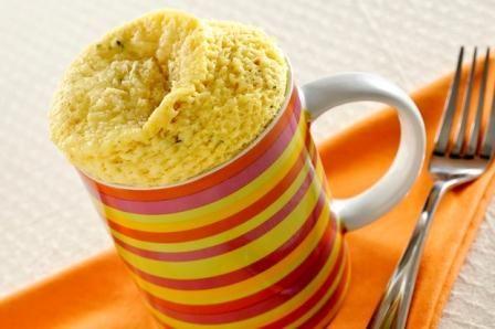 SUFLÊ DE CANECA (feito com sopa pronta VONO - mandioquinha, cebola e salsa)