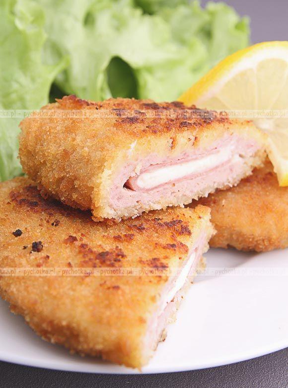 Złociste roladki z kurczaka z serem pleśniowym