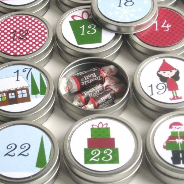 Reusable 25-day countdown to Christmas Advent Calendar by MooreMagnets on Etsy https://www.etsy.com/au/listing/62636600/reusable-25-day-countdown-to-christmas