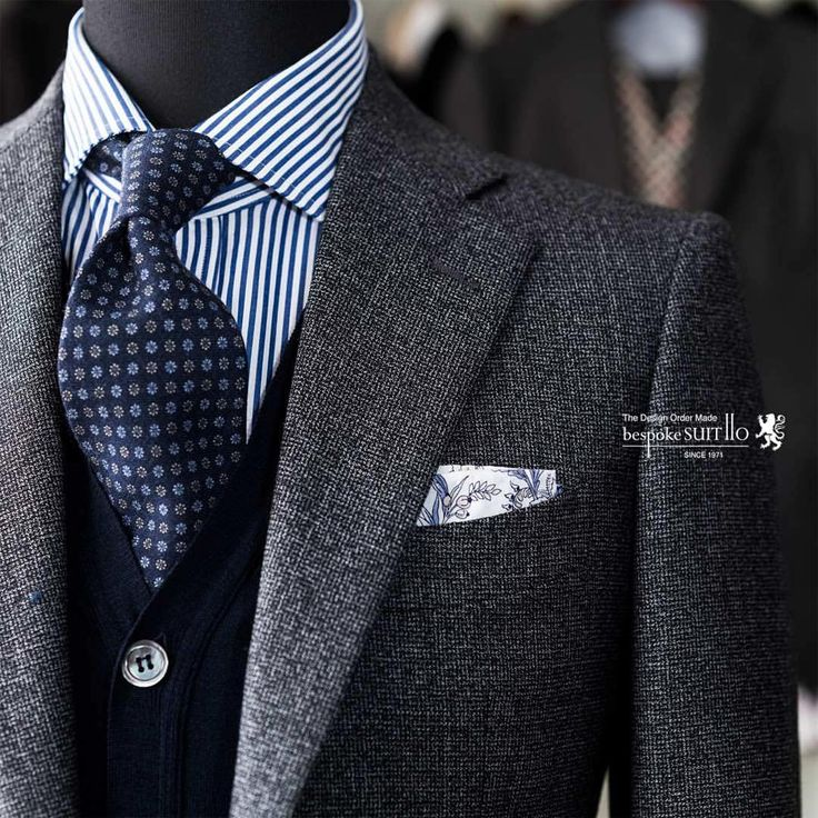 Teal and white is an excellent and different shirt for Dark Winter. Great jacket and vest colours too.