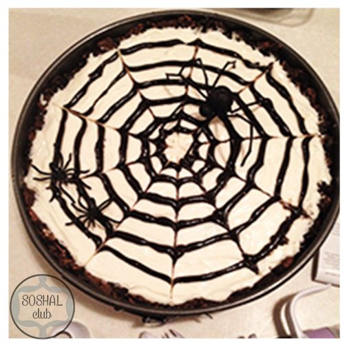 ... http://www.epicureanmom.com/2011/09/no-bake-spiderweb-cheesecake.html
