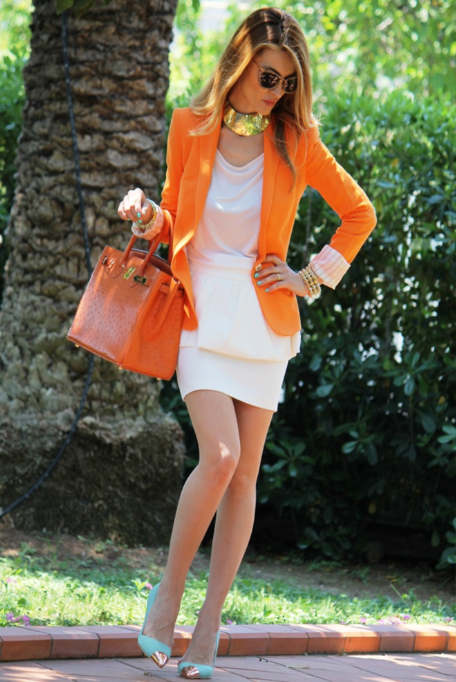 Gonna peplo, verde menta e blazer arancio / peplum dress, green mint and orange blazer