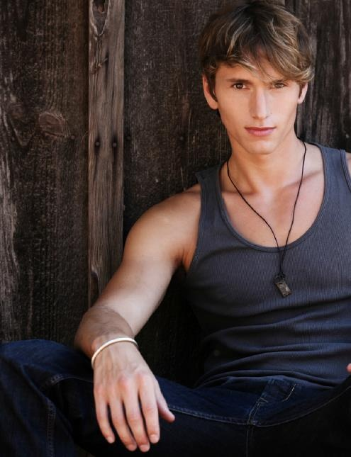 Alec(defender of the people)(Benjamin Stone). very close to Kyra, shares her Guardians due to loosing his a few years back. captured by the Fallen-uh oh