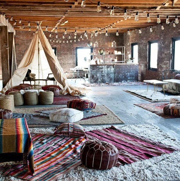 Tipi Living Room Inspiration I Perfect for a Loft