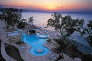 Royal Decameron Fun Caribbean, Runaway Bay. #VacationExpress
