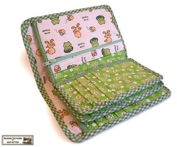 ***WALLET PATTERN***  The wallet has 20 card slots, 5 coupon or receipt slots, 1 coin pocket, and 1 bill compartment.