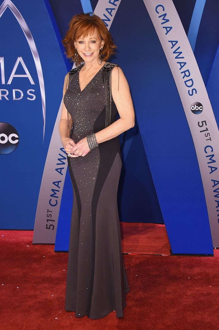 BestDressed Women on the CMA Awards Red Carpet Evening