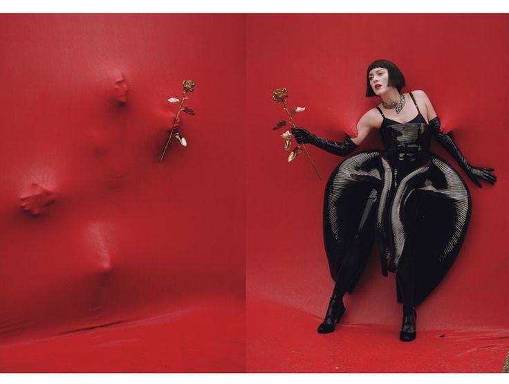 Red Hot: Marion Cotillard - marion cotillard w magazine