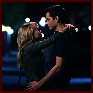Dylan O'Brien and Britt Robertson: More Stills from 'The First Time'   So adorable! Stiles from Teen Wolf and Cassie from The Secret Secret!