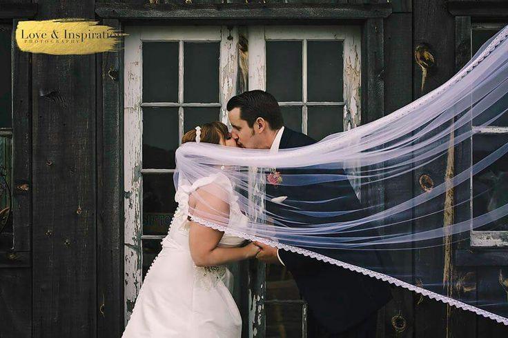 long wedding veil www.loveandinspiration.ca Barrie Ontario