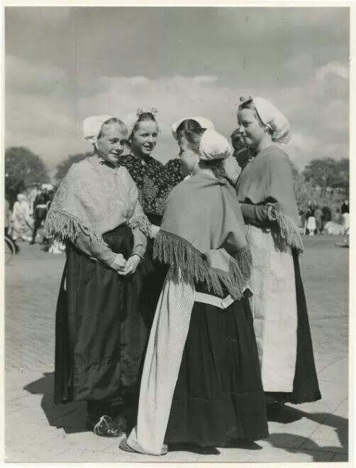 Ladies in traditional Scheveningen dress