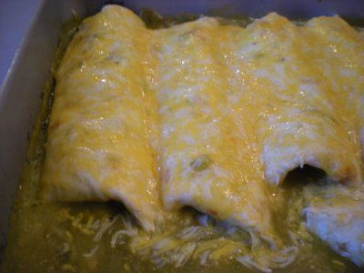 **UPDATE These were really good and simple! Great way to use up a roast, since with just Rob & I we get really sick of leftovers** My Sister's Kitchen: Leftover Pulled Pork Smothered Burritos