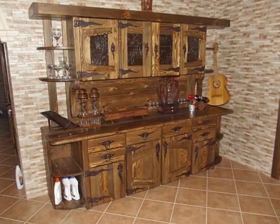 Сказочная мебель для поклонников старины. Буфет Мирон из массива сделан так, будто простоял уже ни один век http://www.mebel-zevs.ru/mebel_pod_starinu/bufet-miron