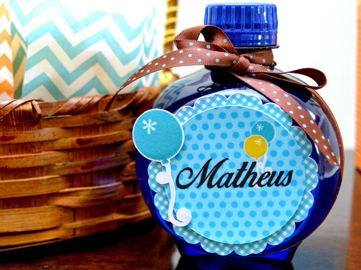Descubre por qué Mateo se ha convertido en el nombre revelación de 2016, destituyendo al hasta ahora imbatible Santiago. Origen, significado de Mateo y famosos que se llaman así.