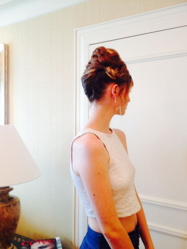 Marg was at the Brisbane Marriott today for a photo shoot check out the amazing Upstyle of Hair.